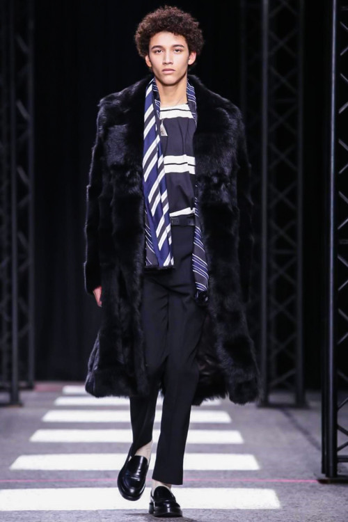 Paul-Smith-Menswear-FW15-Paris-2633-1422202546-bigthumb