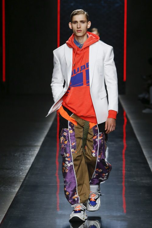 a3831fbc89a4ac MFW Dsquared2 Men s   Womenswear Spring 2019 Runway Collection ...